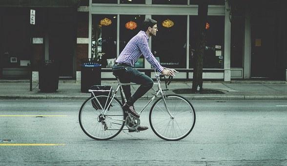commuting-on-bike