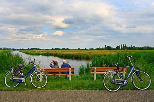 relaxed-biking