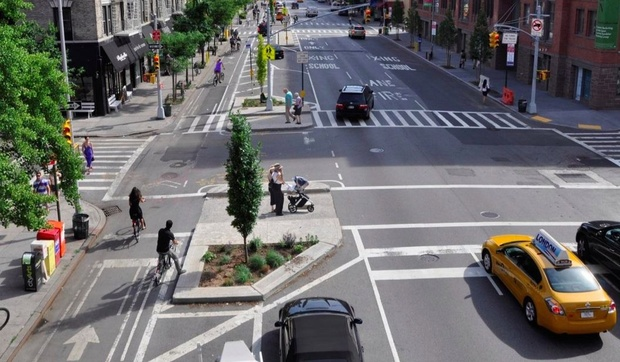 bike-lanes-and-city-traffic