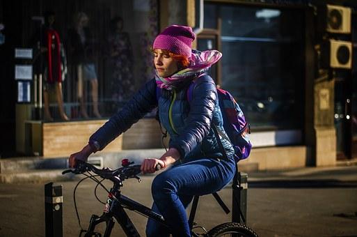 commuter-bike-rider