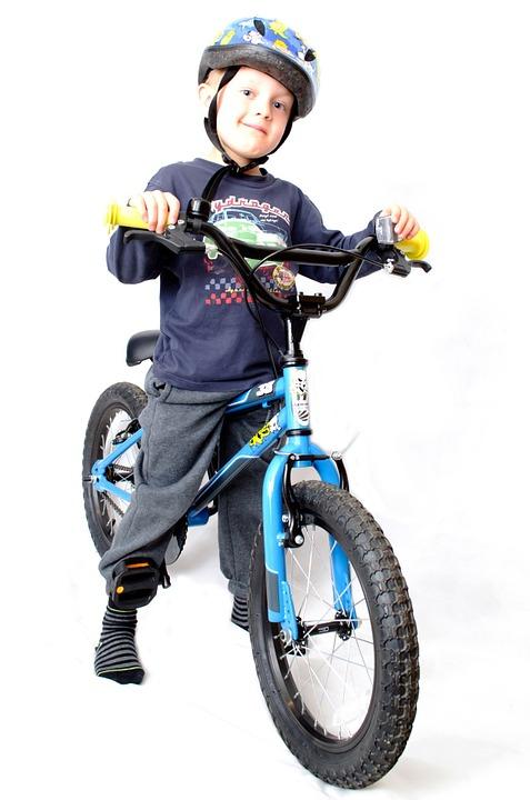 kid-with-helmet
