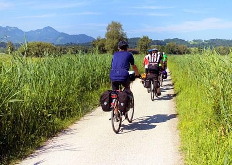 tour-bike- riding