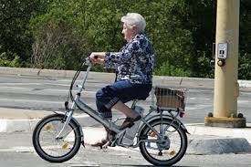 senior-citizen-ebiker