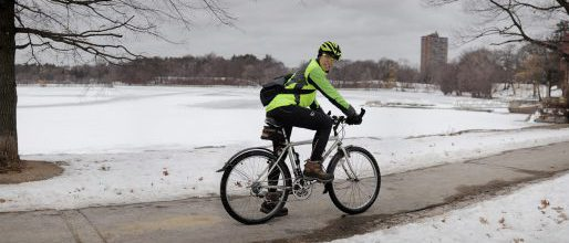 winter-bike-rider